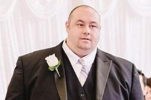 Бывшая жена кусает локти: мужчина скинул 81 кг и стал настоящим красавцем