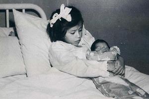 Родила в 5 лет: история самой юной мамы в мире