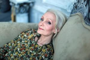 5 хитростей, позволяющих превратить пожилую женщину в элегантную леди