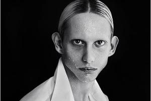 10 юношей, которые вдребезги разбивают устоявшиеся стереотипы о мужской красоте