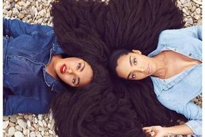 Сестры-близнецы с детства ненавидели свои волосы, но именно благодаря им прославились на весь мир