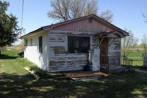 Женщина унаследовала дом, который пустовал более 30 лет и решила сделать его пригодным для жизни: вот что из этого получилось