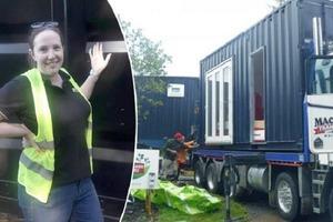 Женщина превратила грузовой контейнер в уютный дом, задействовав каждый сантиметр: как он выглядит внутри (фото)