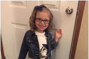 Мама нарядила девочку в школу: вот какой «красивой» малышка вернулась домой