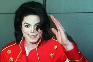 Как бы выглядел Майкл Джексон, если бы он никогда не делал пластику