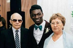 Из Ижевска в Нигерию: как сложилась судьба россиянки, вышедшей замуж за африканца