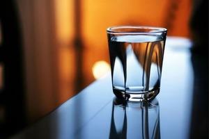 Как проверить, есть ли в доме негативная энергия, при помощи стакана с водой