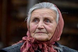 Не замужем, приехала с маленьким ребенком в чужое село. Только на свои 90 мать рассказала сыну правду о его рождении
