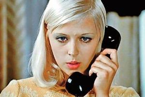"""Люся из """"Большой перемены"""". Как сложилась судьба одной из самых красивых блондинок советского кино Ирины Азер"""