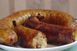 Приготовил литовские колбаски из картошки: не ожидал, что семье так понравится