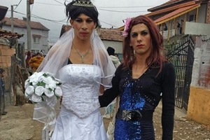 Нищета, необразованность, однополые браки: жизнь цыган в 21-м веке