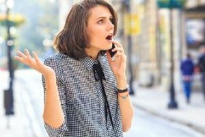 """""""Вы меня слышите?"""": почему не стоит отвечать на эту фразу, разговаривая по телефону с незнакомцем"""
