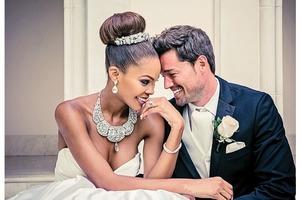 Их называют самой красивой парой Америки. Свадебные фото - яркое тому подтверждение