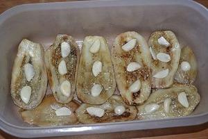 Бабушка научила меня готовить потрясающе вкусные баклажаны. Теперь моя семья без них за стол не садится!