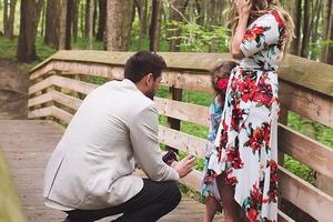 Девушка согласилась выйти замуж за парня. А он сделал предложение еще и ее дочке