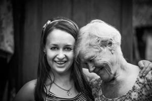 Морковь, яйца или кофе? Внучка рассказала бабушке об измене мужа, а она предложила ей взглянуть на себя со стороны