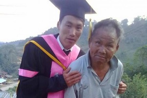 Бедный отец оплатил сыну престижное образование: чего ему это стоило