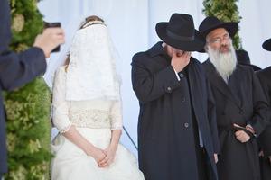 Интересные особенности еврейской свадьбы