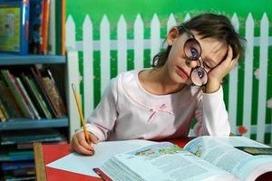 Нарочно не придумаешь: выдержки из сочинений школьников