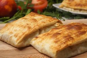 Старая армянка научила меня запекать очень сочную рыбу в лаваше: старый рецепт