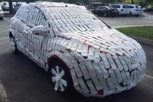 В России месть автомобилистам за личную обиду или неправильную парковку порой бывает беспощадной. Фото
