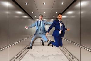 Что будет, если вы поняли, что ваш лифт падает, и что делать в этом случае