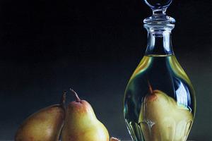 Увидела однажды целый фрукт в бутылке. Долго ломала голову, а потом научилась делать такие сама
