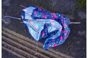 """""""Ну вот, приплыли"""",– подумала я, когда узнала, что свекровь собирает зонтики. Но увидев ее творения, отругала себя за такие мысли"""