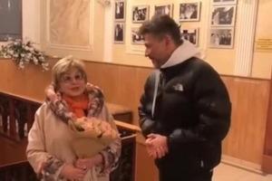 77-летняя Ангелина Вовк и 52-летний Михаил Куницын сходили в ЗАГС