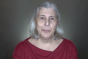 Из бабушки в голливудскую диву: стилист сумел преобразить клиентку, которая отказалась красить седые волосы