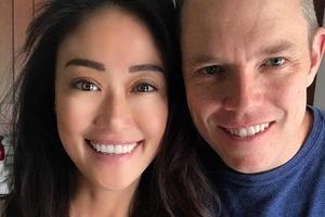 Он немец, она корейская американка. Дочку этой межрасовой пары называют самой красивой девочкой в мире: фото