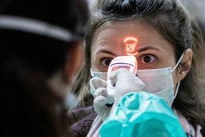 """Чем закончится """"история"""" коронавируса: эксперты назвали 4 возможных сценария"""