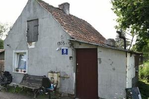 Зато не в кредит: мужчина купил разваленный дом, но теперь его не узнать (фото)