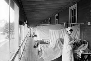 Алкоголь вместо снотворного, полоскание горла – как победили грипп 1918 года
