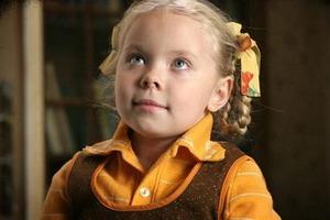 Малышка Кука из одноименного фильма тронула сердца зрителей. Как сегодня выглядит 19-летняя актриса