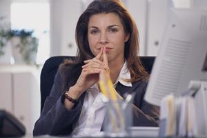 Бизнесвумен устроила маникюрщицу в свой офис: она не ожидала такого потенциала
