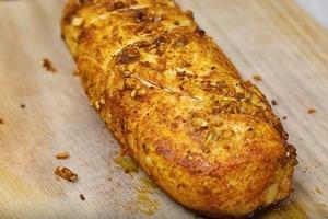 Делаю куриный рулет из чистого филе с молоком: дешевая замена вредным колбасам