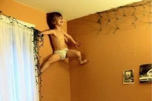 """""""Мам, смотри, я Человек-Паук!"""": 10 кошмарных фото для любых родителей"""