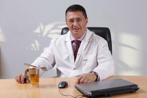 Доктор Мясников заявил, что коронавирус оказался полезен для человечества