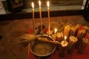 Сретенская свеча - сильнейший оберег, который должен быть в каждом доме. Когда нужно ее зажигать