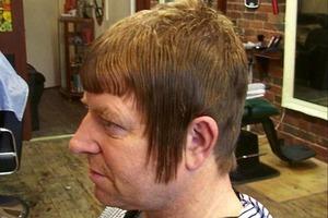 10 фотографий людей, которым нужно поменять парикмахера