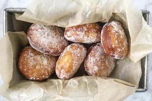 Научилась печь пончики по-гавайски, и теперь семья не признает никакие другие