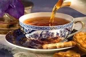 """Муж бросил семью. На прощанье жена ему сказала: """"Однажды мы еще выпьем чаю"""""""