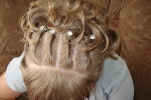 Замучилась с необъяснимым выпадением волос: помогла опытная парикмахер