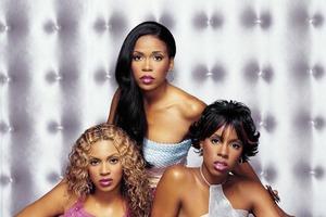 Бейонсе исполнилось 39 лет: бывшие коллеги по группе Destiny's Child Келли Роуленд и Мишель Уильямс поздравили певицу с днем рождения