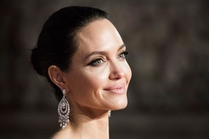 Анджелина Джоли была тронута призывом 6-летних мальчиков о гуманитарной помощи: актриса сделала пожертвование, но не ожидала, что мальчики п