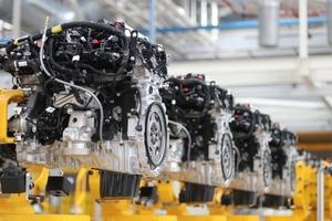 Автогигант Jaguar Land Rover празднует выпуск полуторамиллионного двигателя
