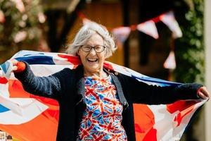 Она родилась в тот день, когда закончилась война: в честь победы девочку назвали Виктория, ей исполняется 75 лет