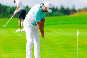 Неужели игры в гольф и теннис возобновляются, несмотря на пандемию: люди начинают снова заниматься спортом