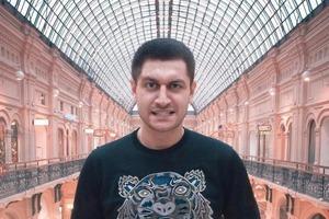 Блогер Давид Манукян показал подписчикам свои покупки: потратил около миллиона рублей